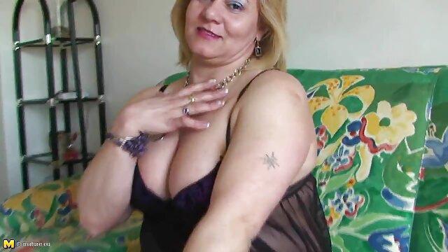 Սեքս առանց գրանցման  Վաղ խաղ Սիրողական մայրիկ պոռնո